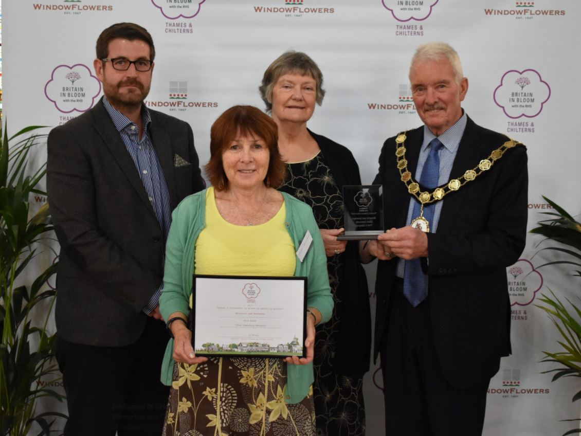 Hilary Saunders & Lynda Hammond being presented with Gold awards for Britain in Bloom.