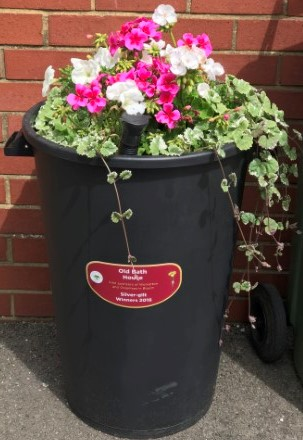 Old Bath House Britain in Bloom Dustbin Donation